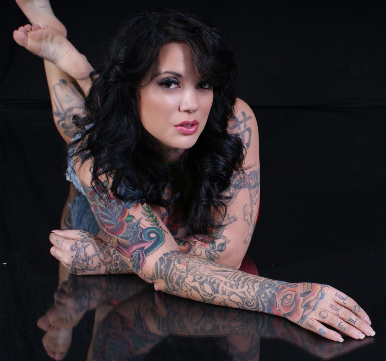 Women Hot Tattoos Hot Women With Tattoos