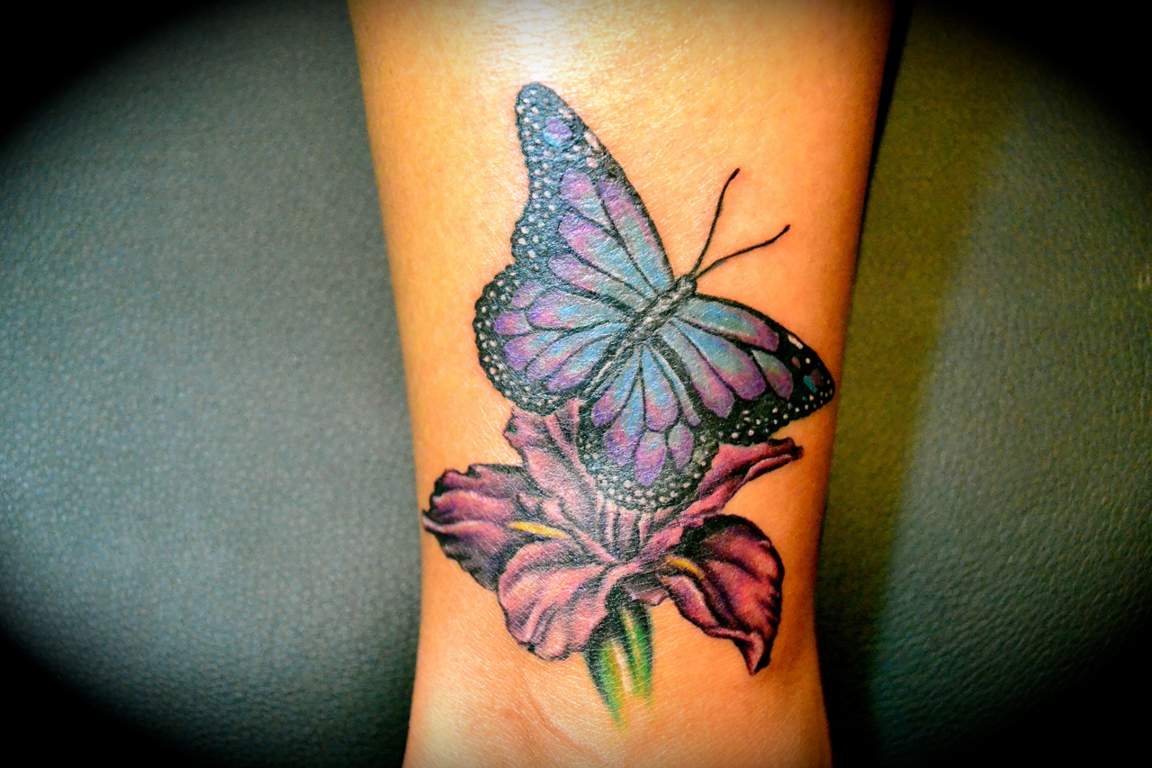 iris tattoos3 tattoo designs ideas meaning tattooing gallery. Black Bedroom Furniture Sets. Home Design Ideas