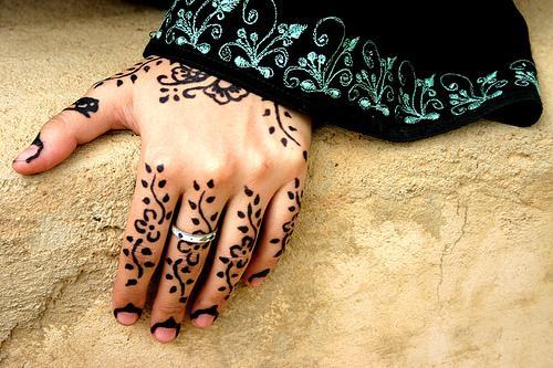 Mehndi Wrist Urban Dictionary : Hand tattoos for girls henna mehndi tattoo designs