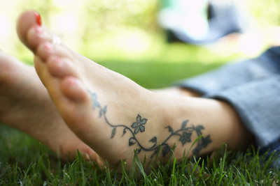 women ankle tattoo designs,female ankle tattoos,best ankle tattoo designs,popular ankle tattoo designs