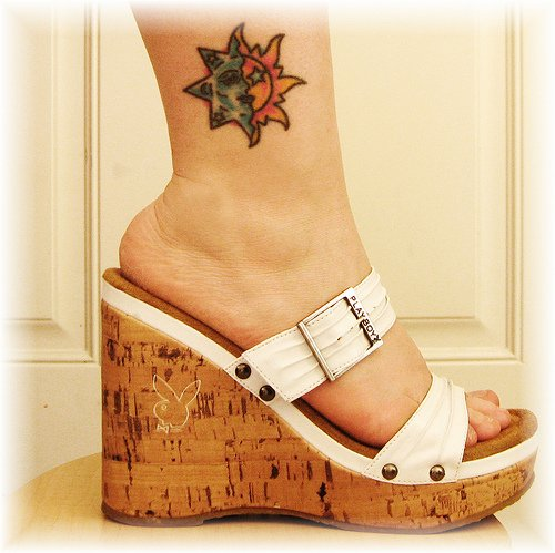 foot tattoo designs,ankle tattoo designs,foot ankle tattoos,latest ankle tattoo designs,ankle tattoos for girls