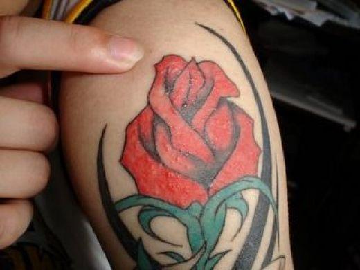 top most popular flower tattoo designs for girls. Black Bedroom Furniture Sets. Home Design Ideas