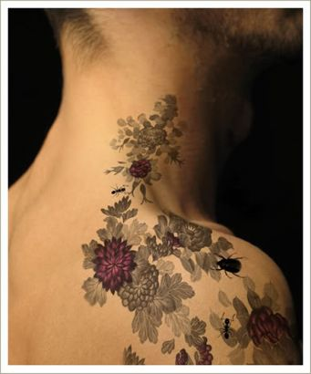 vine tattoo designs on shoulder,flower vine tattoo designs,shoulder vine tattoo designs ideas,women shoulder vine tattoo designs images