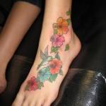 Hawaiian-Flower-Tattoos-15