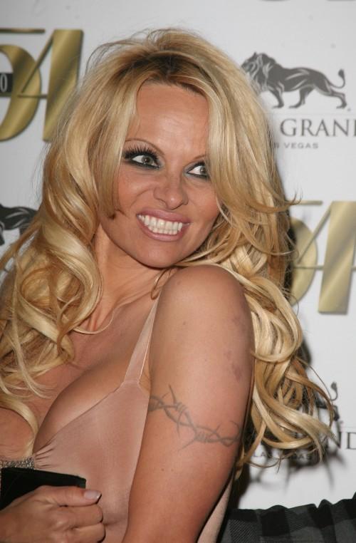 Pamela-Anderson-Tattoos2